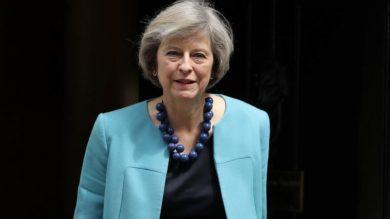 ترزا می از اتحادیه اروپا تعویق در روند برگزیت درخواست خواهد کرد