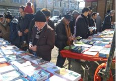 نمایشگاه کتاب های ترکی در مرند گشایش یافت