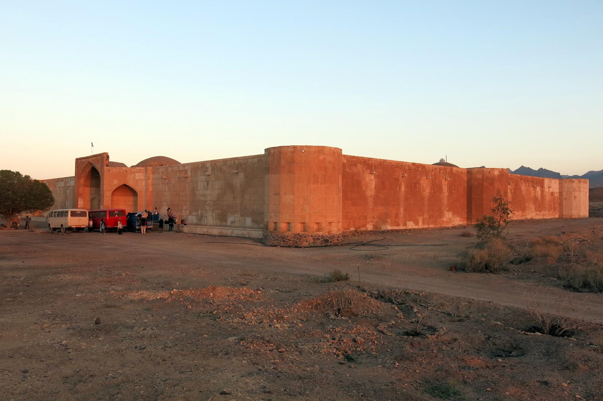 کروانسرای قصر بهرام