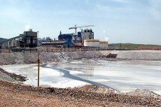 تمامی صنایع ملزم به رعایت مقررات زیست محیطی هستند