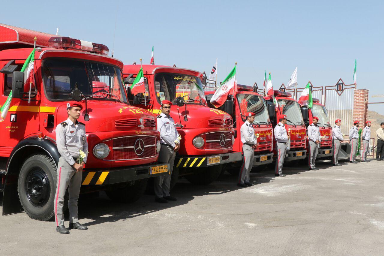 آماده باش کامل ۱۳۰ ایستگاه آتش نشانی با ۴۰۰۰ نفر نیرو در تهران