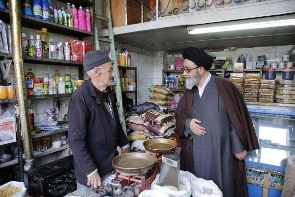 دیدار صمیمی نماینده ولی فقیه در استان آذربایجان شرقی با بازاریان مرند