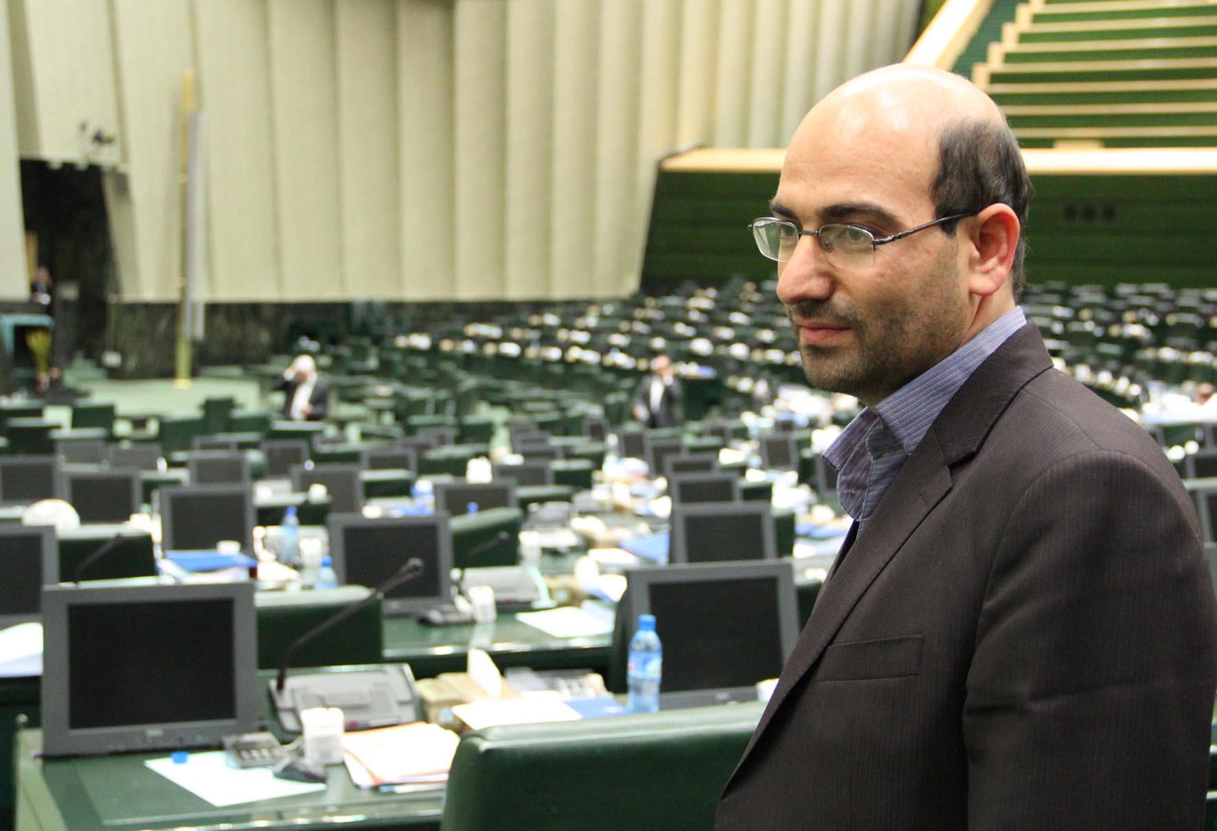 سابقه حجتالاسلام رئیسی نویدبخش یک رایحه امید برای مدیریت قوه قضاییه است