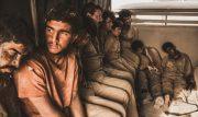 خانواده شهدای مدافع حرم به تماشای « 23 نفر » نشستند
