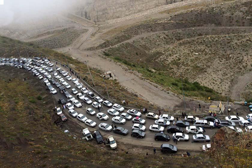 هراز و چالوس ترافیک سنگین دارد / هوای فارس و هرمزگان بارانی است