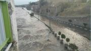 شیراز همچنان در معرض سیل شدید / ساکنان اطراف رودخانه به مناطق امن بروند