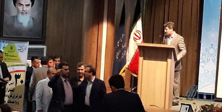 استاندار آذربایجان غربی نماینده ارومیه را به دزدی متهم کرد