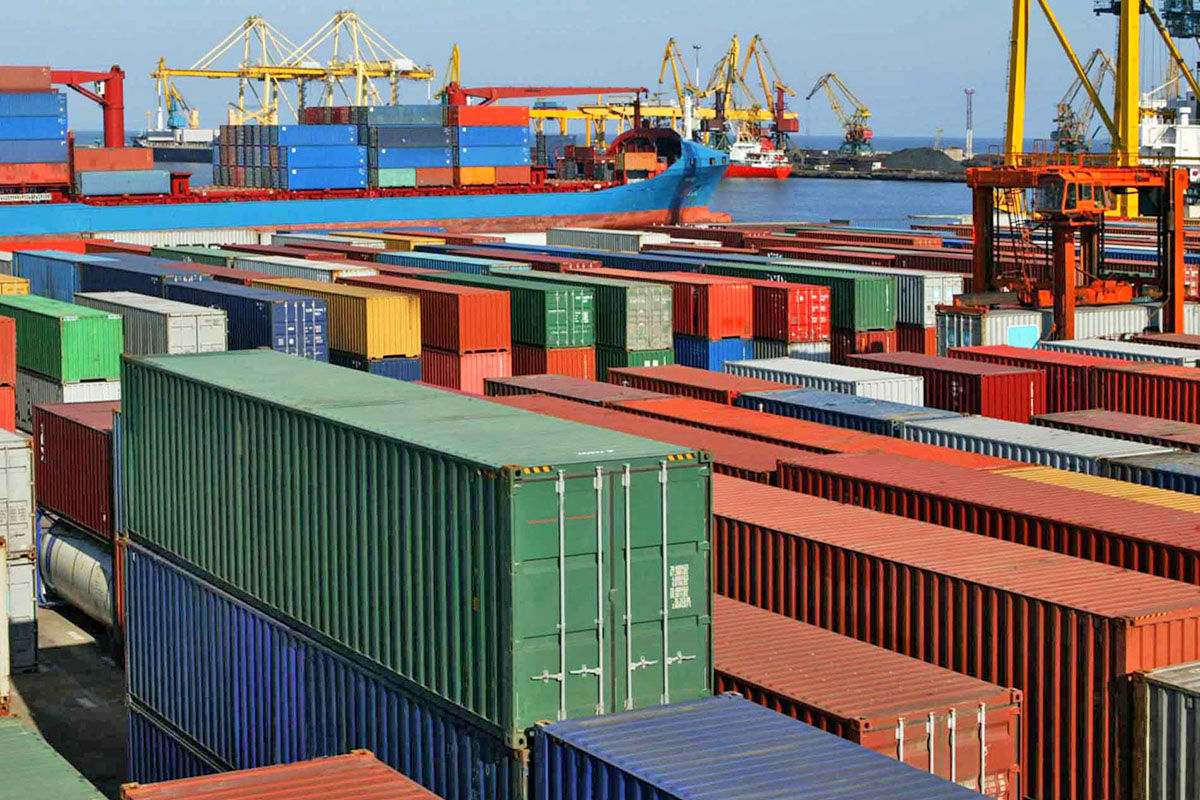صادرات بخش صنعت و معدن به ۳۳٫۴ میلیارد دلار رسید / واردات ۳۲٫۶ میلیارد دلار