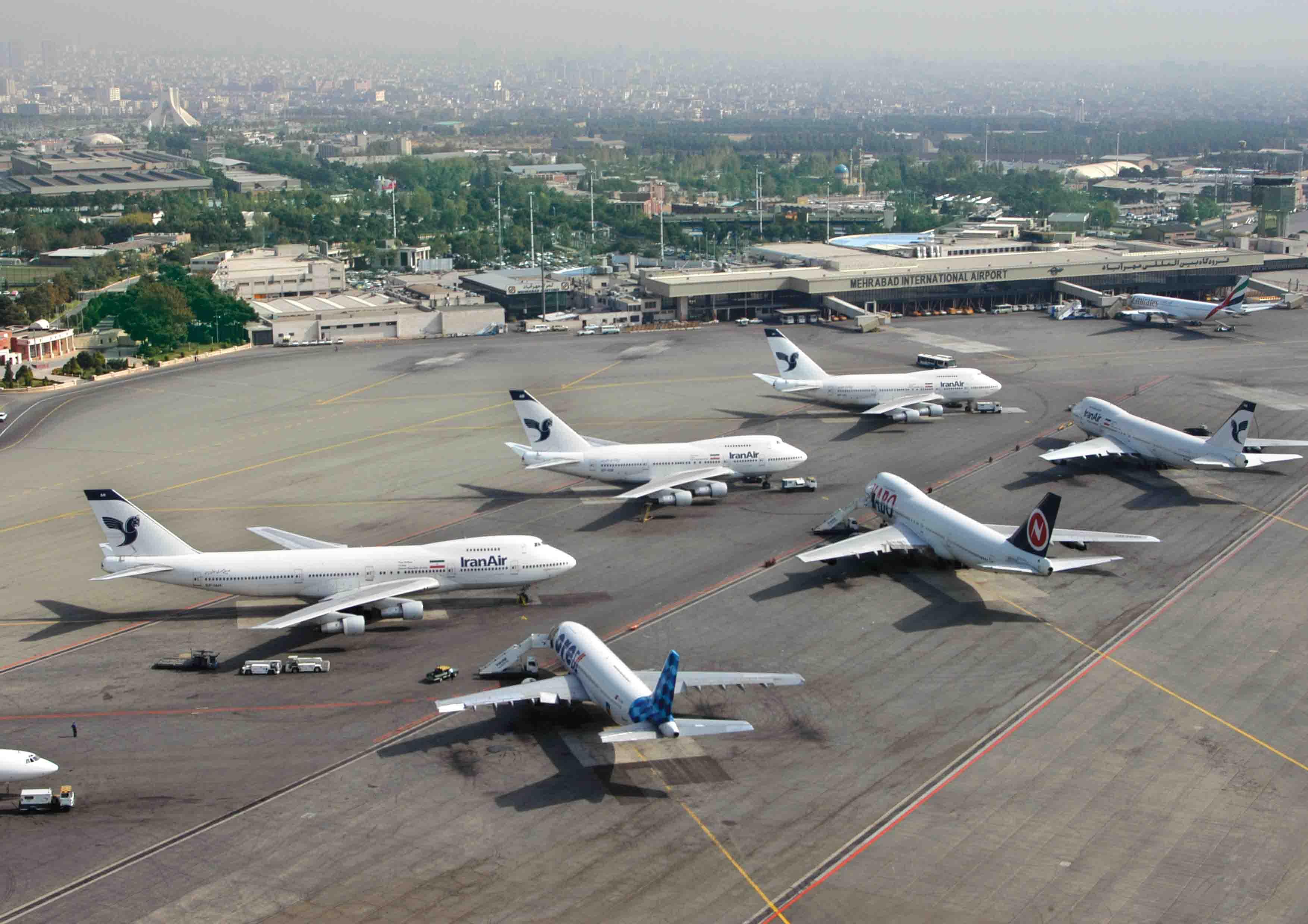 تعطیلی چند ساعته ۳ فرودگاه در تهران / صدور اطلاعیه هوانوردی به شرکتها
