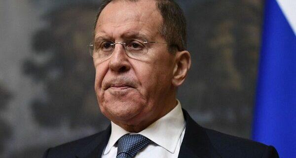 لاوروف خواستار پایان درگیریها در قرهباغ شد