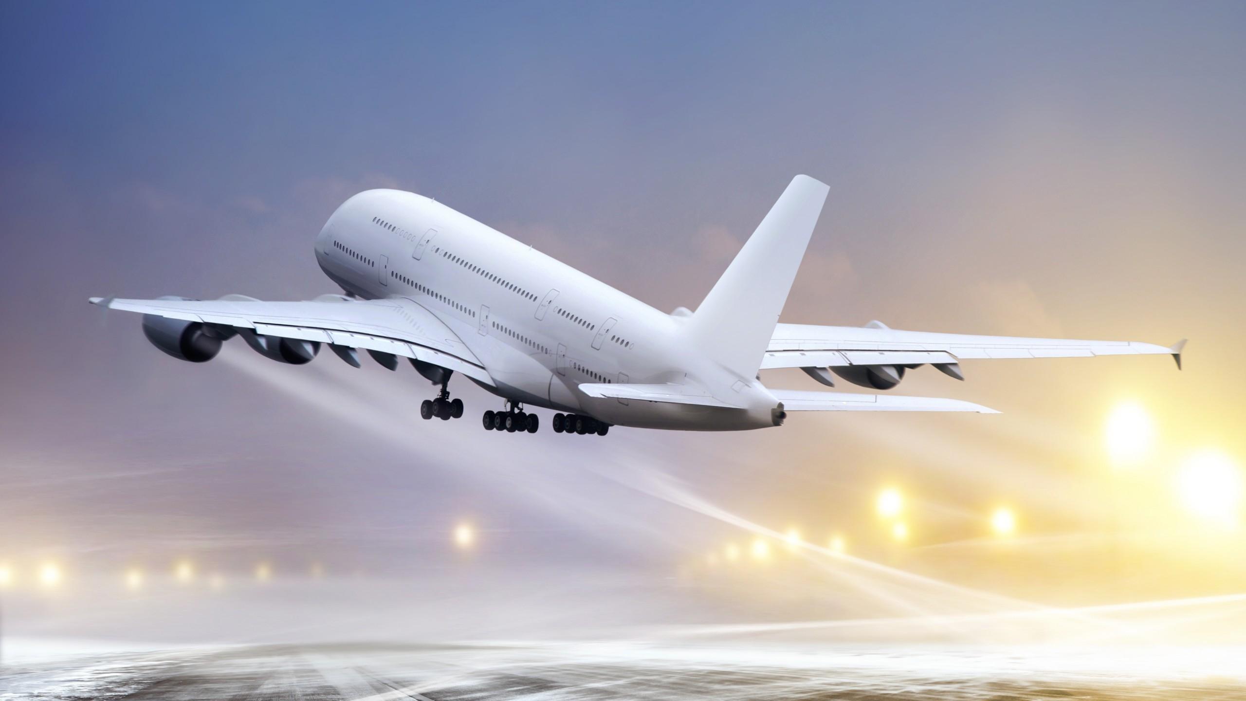 طلب ۱۲۰۰ میلیارد تومانی از شرکتهای هواپیمایی