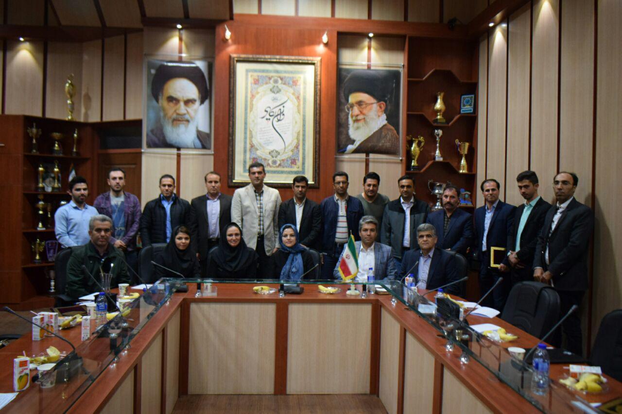 برترین مربیان و روسای هیئت های دوچرخه سواری آذربایجان شرقی تجلیل شدند