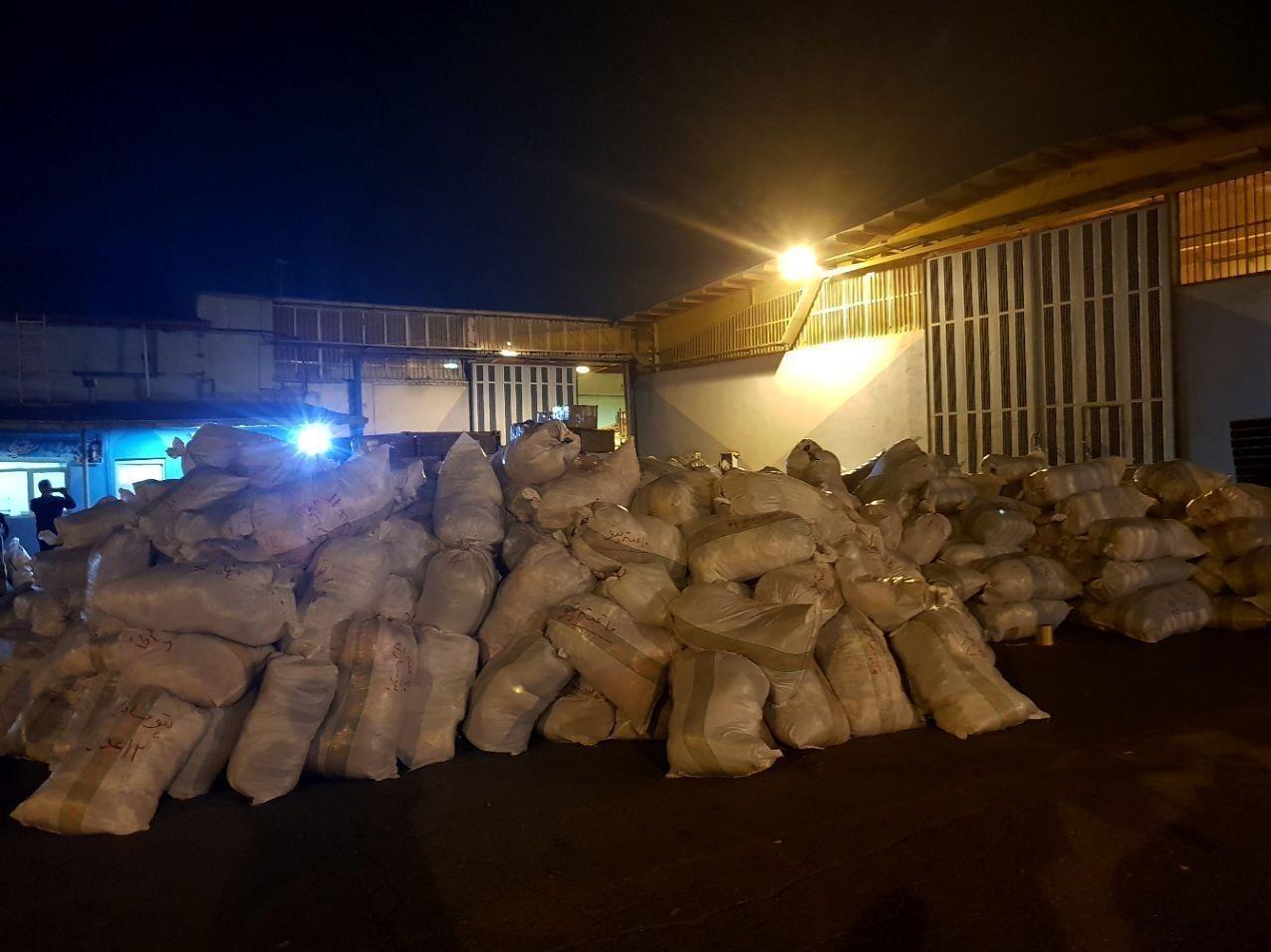 ارسال ۹۰ تن از کمکهای مردمی آذربایجان شرقی به سیلزدگان