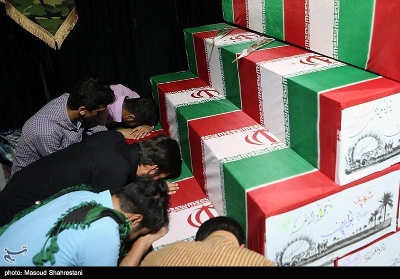وداع مردم تهران با پیکر ۱۱۰ شهید دوران دفاع مقدس