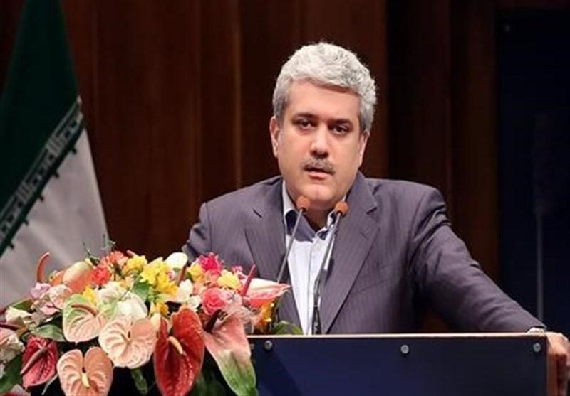 انتقاد معاون رئیس جمهور از اصرار خانوادهها برای استخدام فرزندانشان در ادارات دولتی