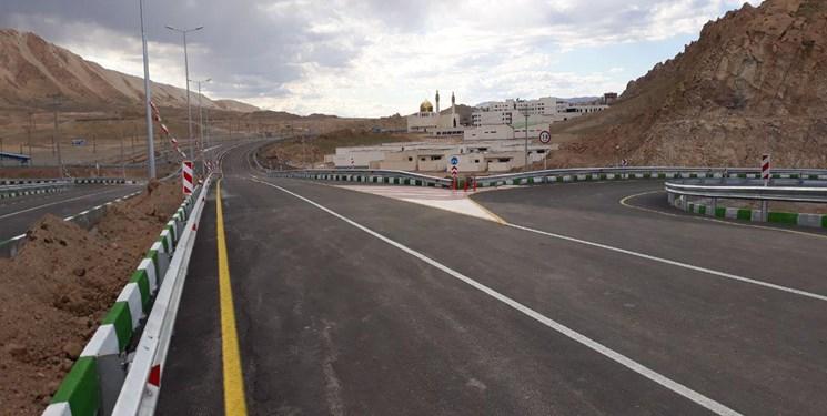 خطکشی و ایمنسازی ۸۰۰ کیلومتر از جادههای نزدیک شهرها در آذربایجانغربی