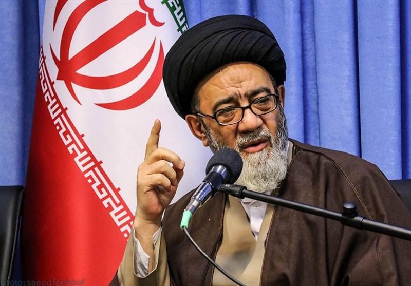 امام جمعه آمریکا توانایی راهاندازی جنگ دیگری را ندارد / اجازه تجاوز به دشمن را نخواهیم داد