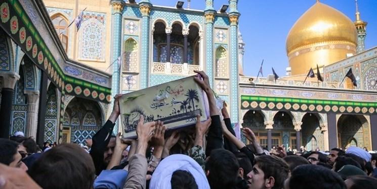 ۷ شهید گمنام دفاع مقدس در قم تشییع شدند