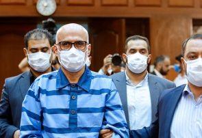 برگزاری دهمین جلسه دادگاه رسیدگی به اتهامات اکبر طبری/ انتقاد وکیل طبری از پوشش رسانهای دادگاه