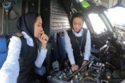 İranda ilk dəfə qadın pilotlar uçuş həyata keçiriblər