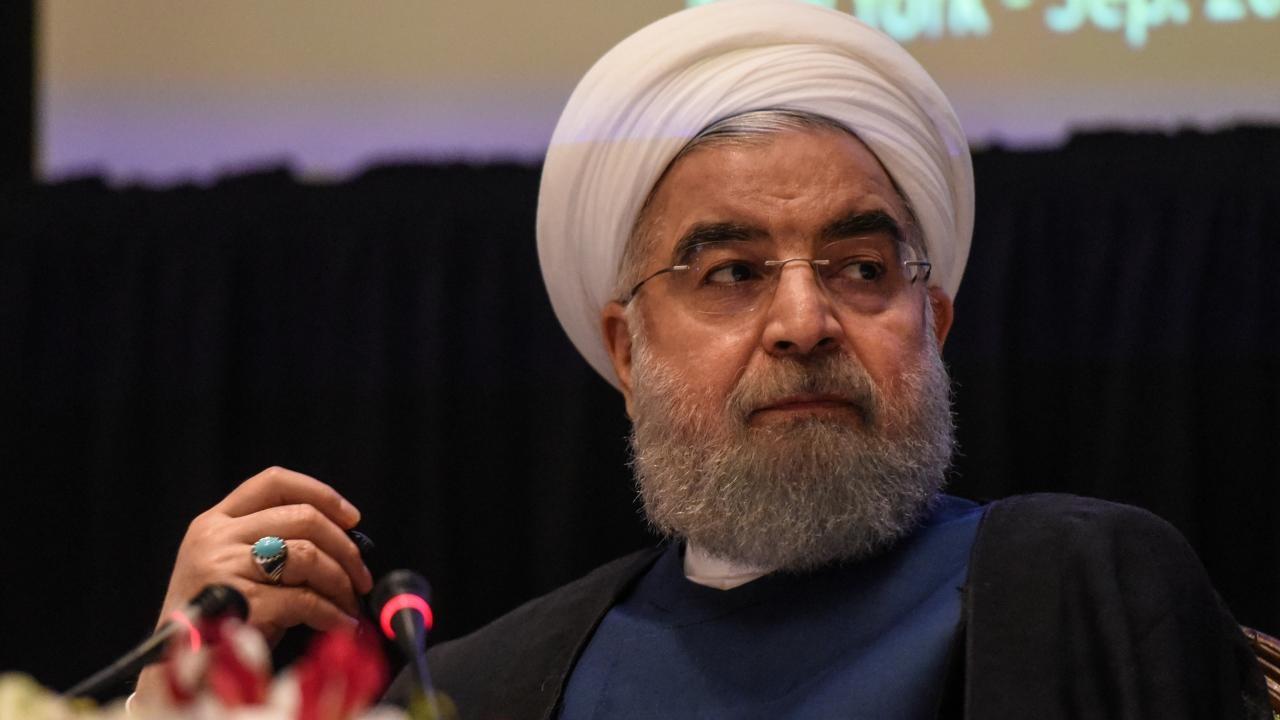 روحانی ضمن تقدیر از سرلشکر جعفری به سردار سلامی تبریک گفت
