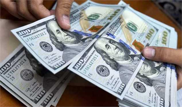 نرخ دلار بانکی و غیربانکی در حال برابر شدن است