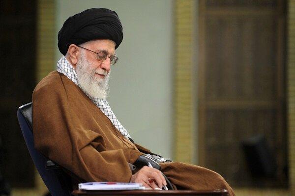 رهبر انقلاب: دستگاههای دولتی و مردمی به یاری سیلزدگان بشتابند