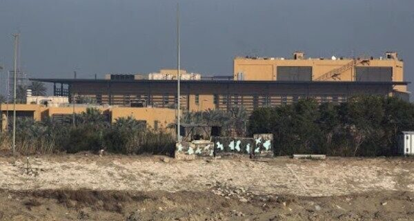 برخورد یک راکت به نزدیکی سفارت آمریکا در منطقه سبز بغداد