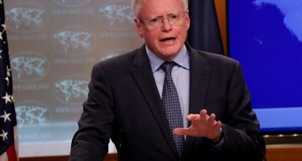«پمپئو» کناره گیری نماینده ویژه آمریکا در امور سوریه را تأیید کرد