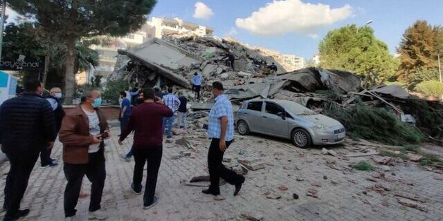 وقوع زلزله مهیب در ترکیه/تخریب دست کم ۲۰ ساختمان در ازمیر