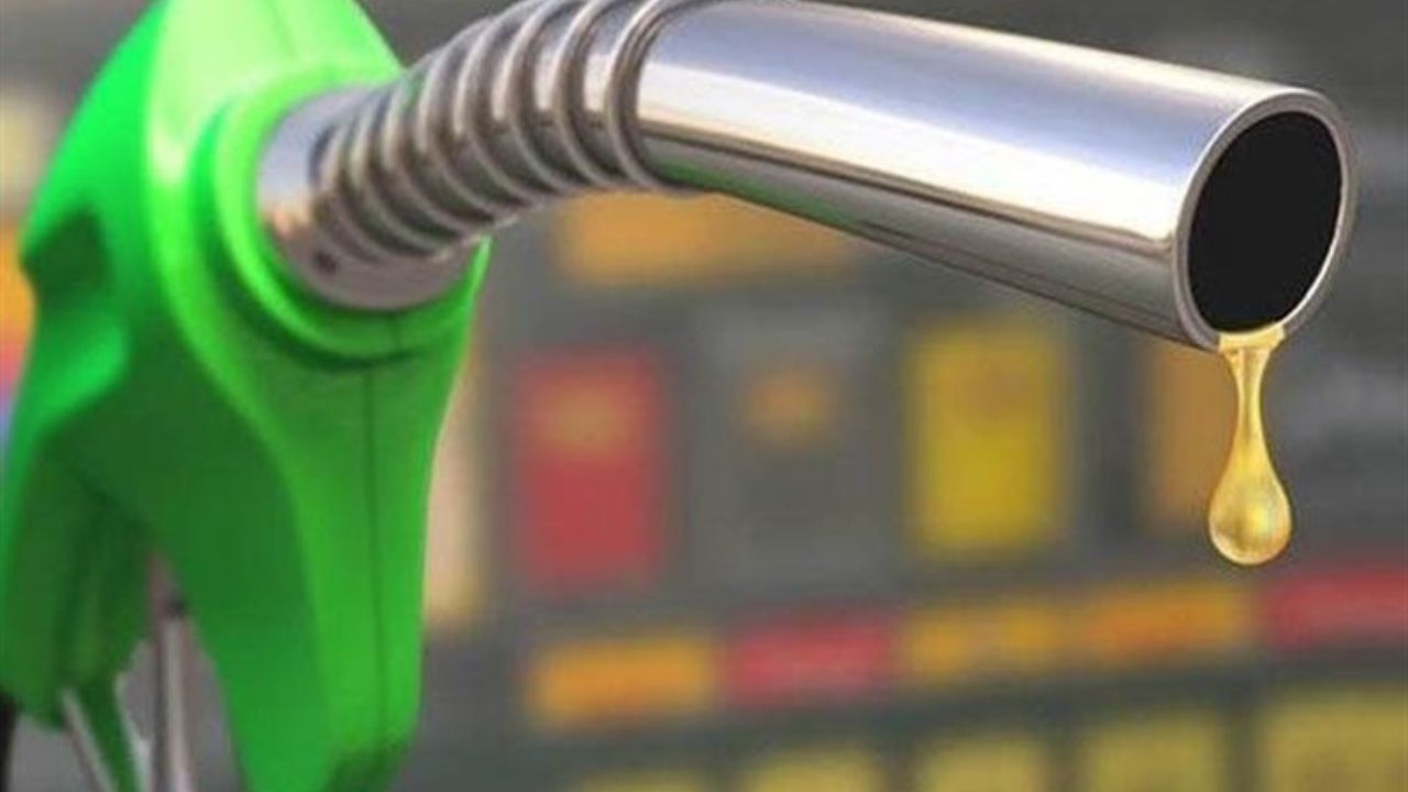 شایعه افزایش قیمت و سهمیه بندی بنزین صحت ندارد