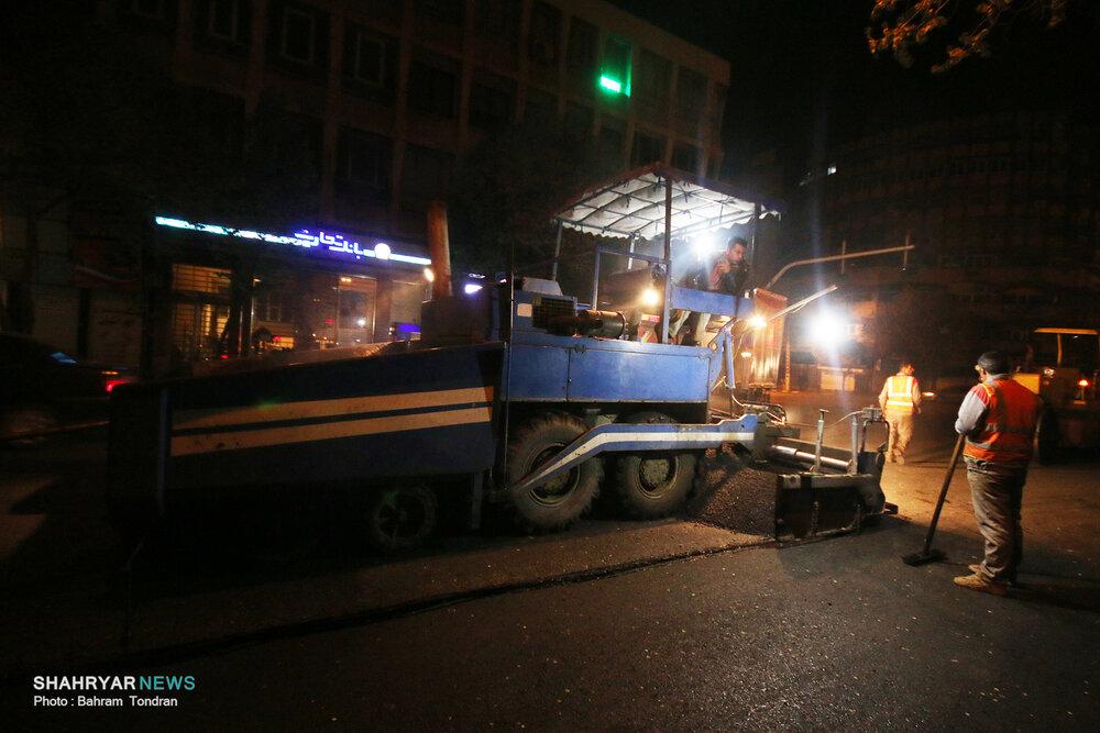 تداوم نهضت آسفالت در مناطق دهگانه/ برنامه آسفالت ریزی خیابانهای مختلف مشخص شد