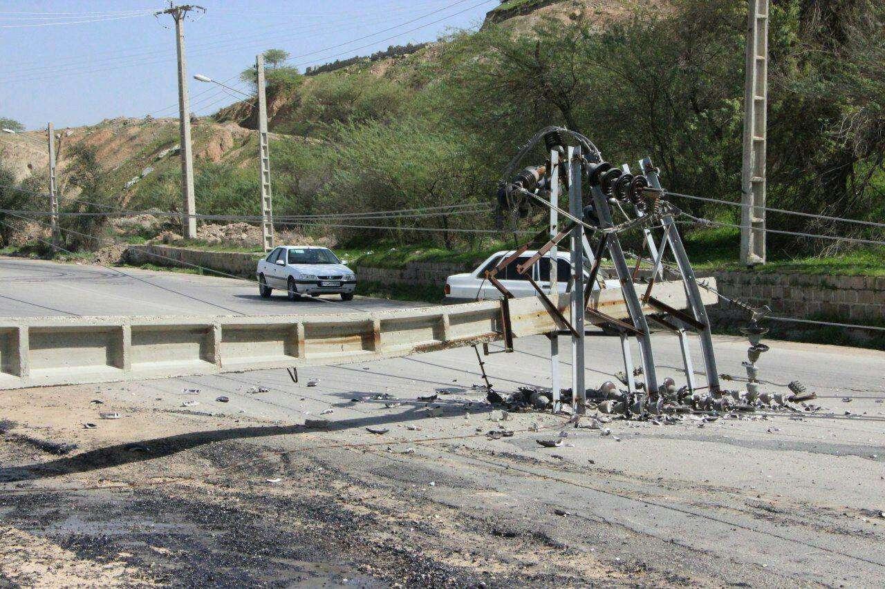 قطع برق در خرمشهر در پی انفجار تریلی