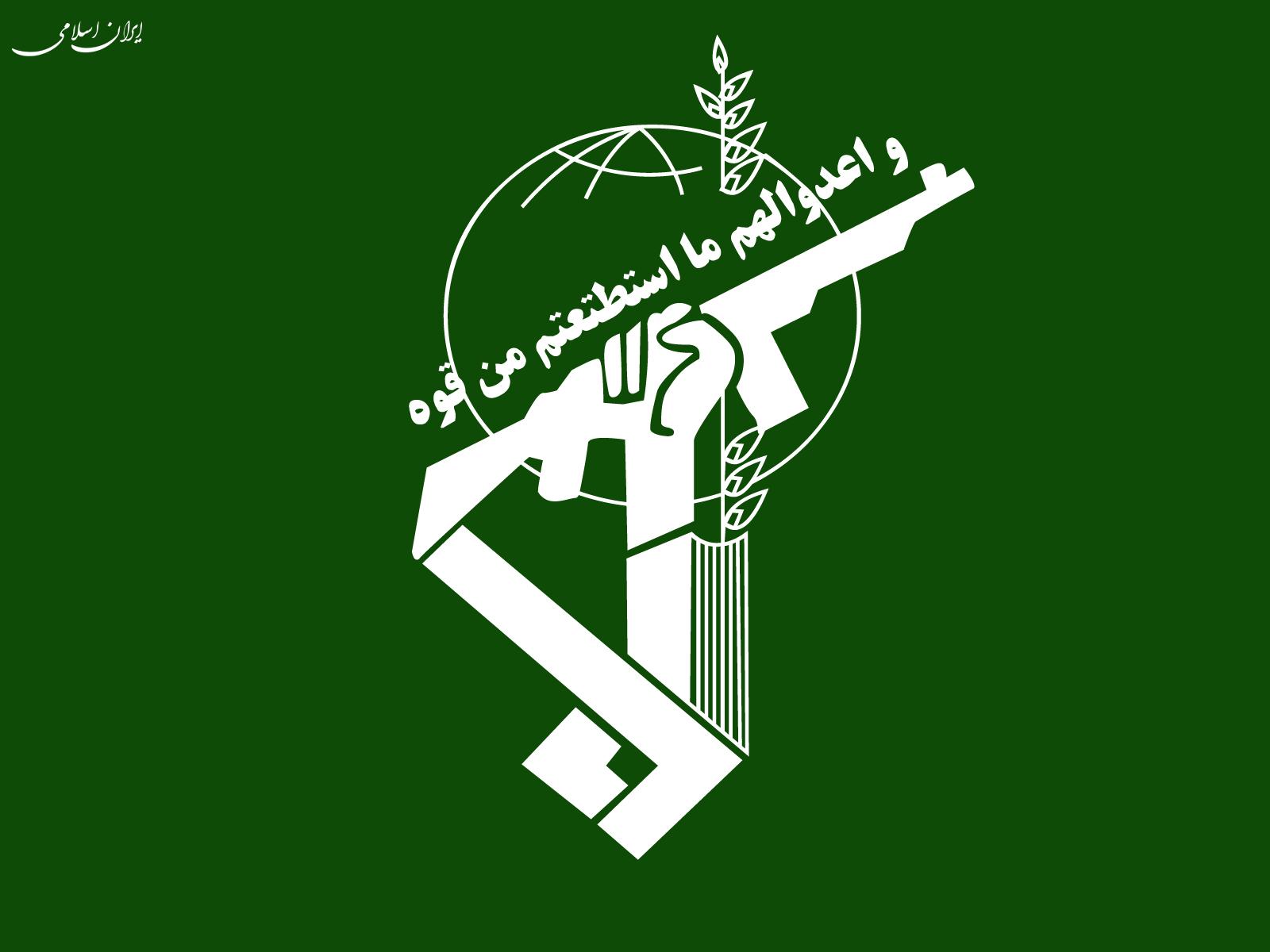 کشف انبار احتکار اقلام اساسی ماه رمضان در تبریز توسط سازمان اطلاعات سپاه عاشورا