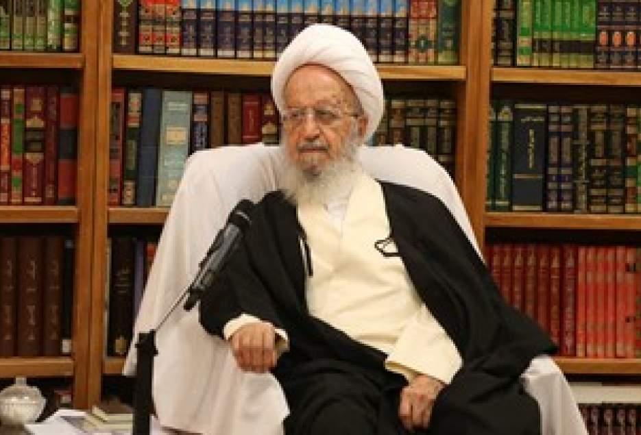 آیت الله مکارم شیرازی: رسانه های غربی سعی بر مخفی نگه داشتن واقعه عظیم اربعین دارند