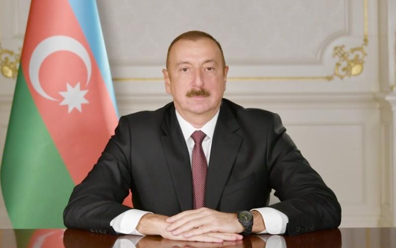 الهام علی اف: بخشی از سلاح های ارتش آذربایجان از اکراین و ایران تامین می شود