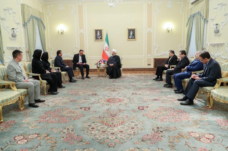ایران پشتیبان دولت قانونی ونزوئلاست