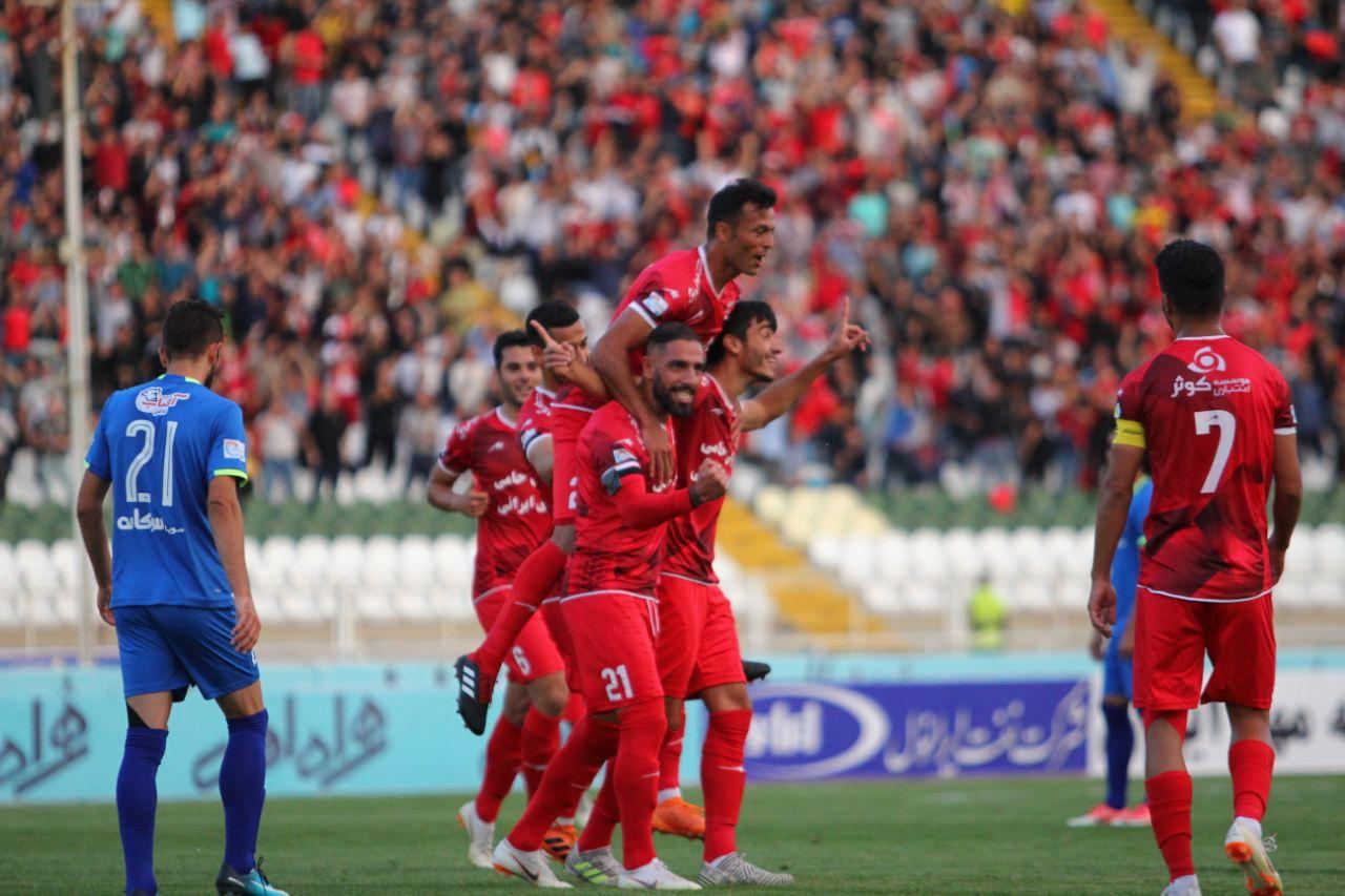 پخش زنده بازی استقلال خوزستان و تراکتورسازی + ترکیب احتمالی