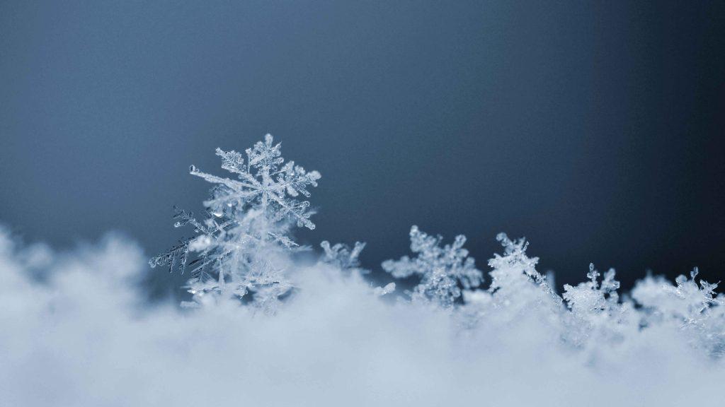 برف بهاری مرند را سفید پوش کرد