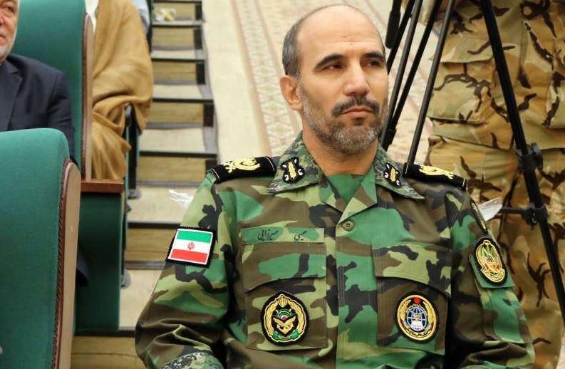 سپاه و ارتش دوشادوش همدیگر با هرگونه تهدید مقابله میکنند
